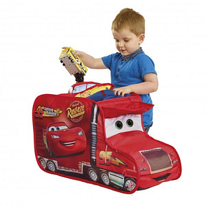 Cosulet hainute si jucarii Disney Cars-WORLDS APART
